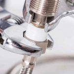 Uw kapotte cv repareren? Vraag advies van de loodgieter!